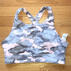 Fabletics sports bra lightly padded